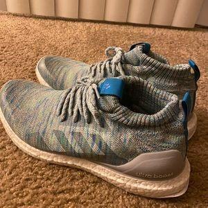 Adidas ultraboost mid